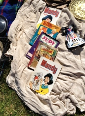 Collectable vintage annuals, fab pressies if you find the year someone was born