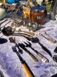 Gorgsous silver ware, loving the sugar tongs